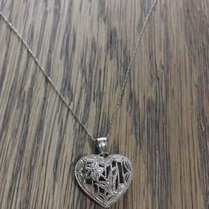 Jewelry - 10k white solid Gold Heart pendant & 10k Necklace